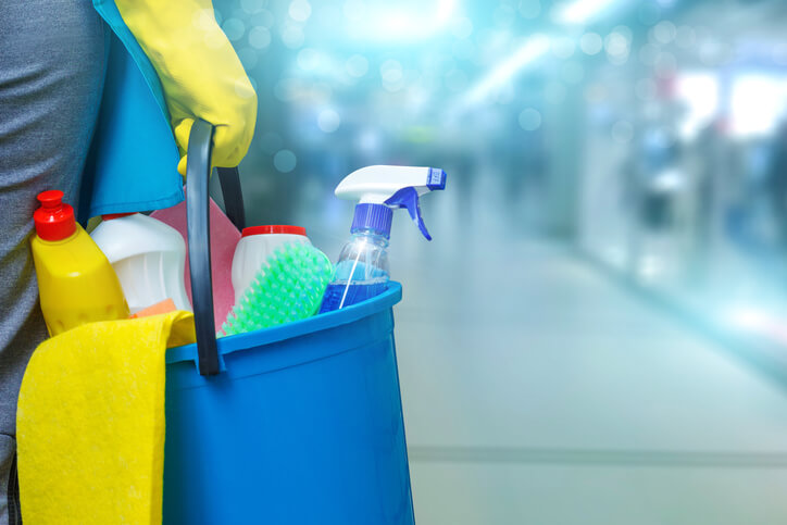 請個清潔專家,幫你把家裡變得整齊又清爽。